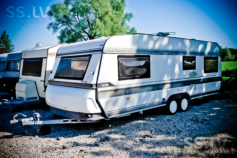 Retrailer camper