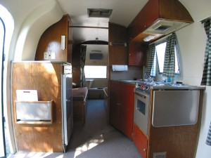 retrailer_airstream_overlander_1964_11