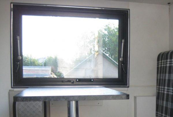Окно Stels 1