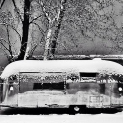 Airstream Land Yaht