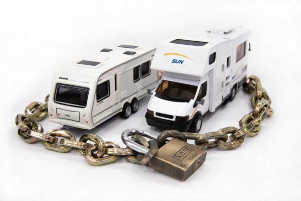 Как защитить караван от угона?