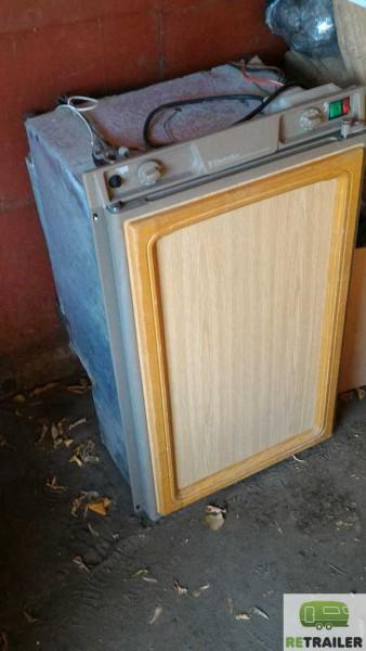 Холодильник Electrolux 3