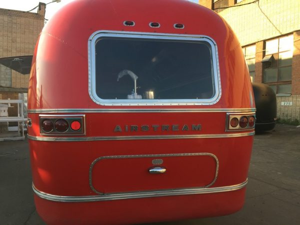 Airstream Red 16