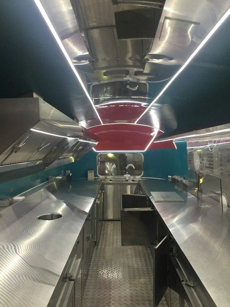 Airstream Red 14