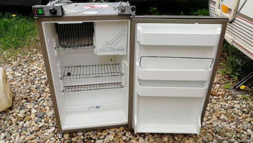 Холодильник Electrolux RM6250
