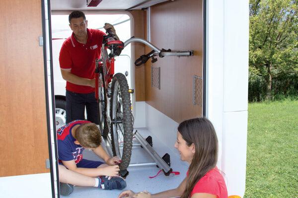 Fiamma Carry-Bike Garage крепление для велосипеда в гараже автодома