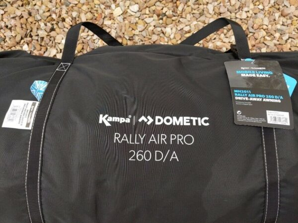 Dometic Rally AIR Pro Drive Away. Палатка для автодома 1
