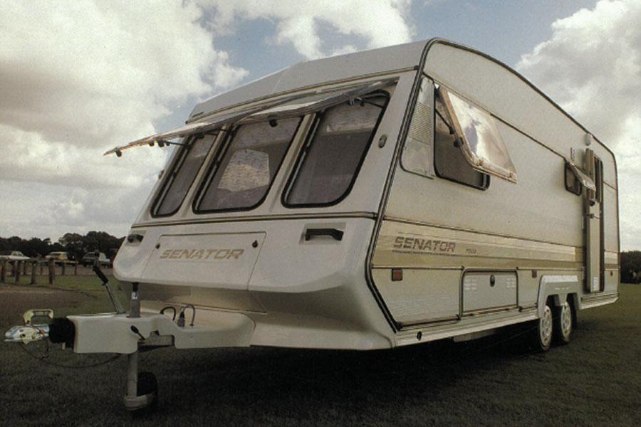 Модель Senator — первый доступный караван с воздушным обогревом и кассетным биотуалетом