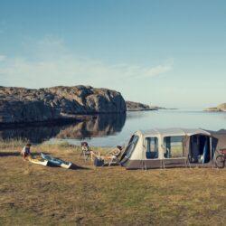 Надувные палатки для автодомов: надежность и универсальность